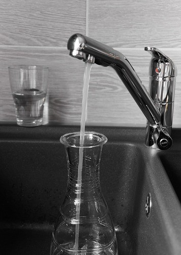 Is Filtered Water the Same as Purified Water